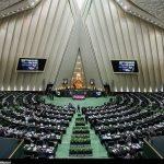 نامه وزیر بهداشت به علی لاریجانی برای ادامه تعطیلی مجلس